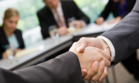 hand schudden als vorm van overeenkomst